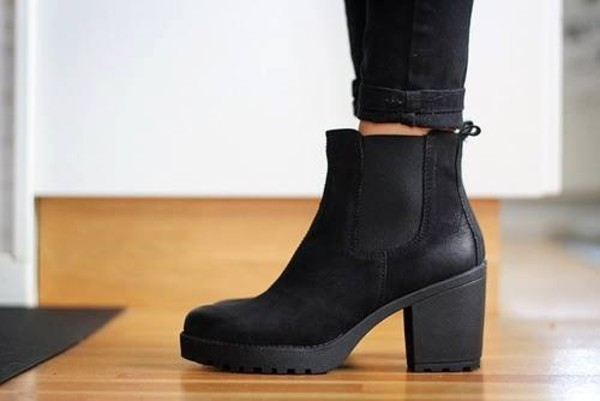 chelsea boot vocalady