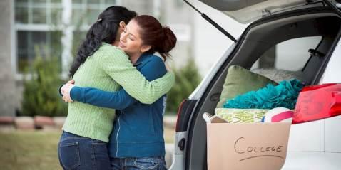 635818328605612856-1013418776_o-teen-hugging-parent-facebook-imgopt1000x70