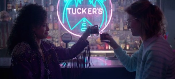 black-mirror-san-junipero-drinks